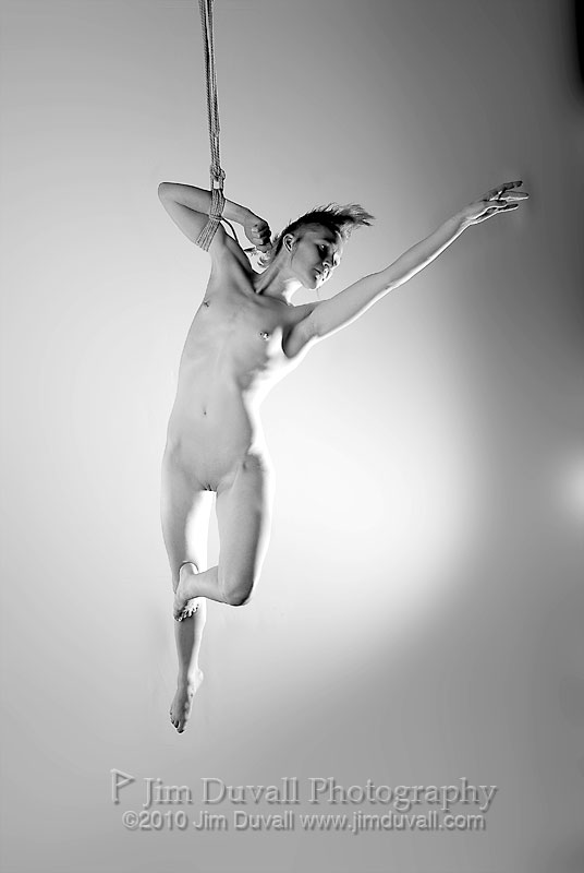 nude woman suspended by one arm model: Sparrow