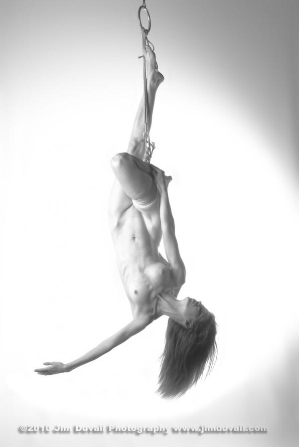nude woman upside down model: Artemis Bare